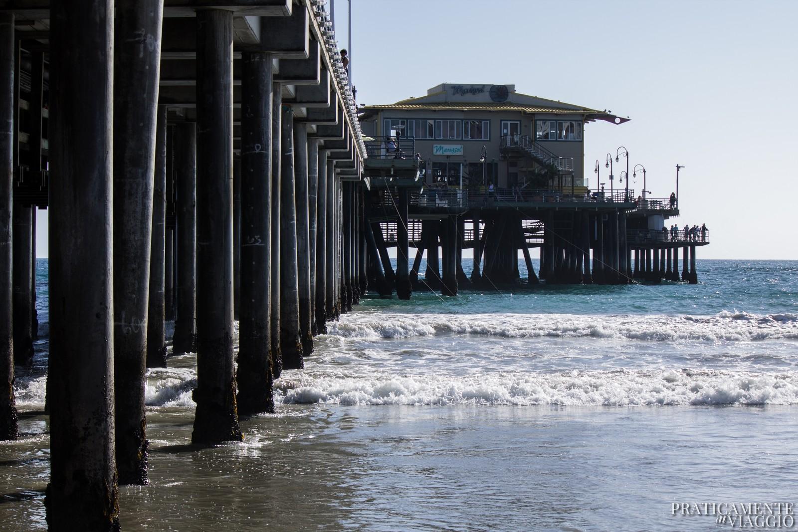 Santa Monica Pier visto dalla spiaggia